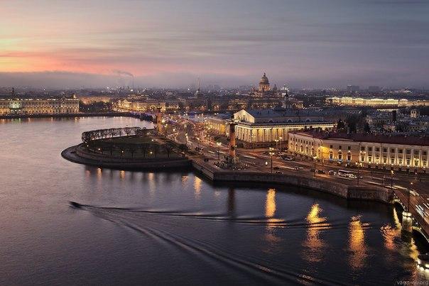 Что делать, если метро закрылось, а вы на Васильевском острове?