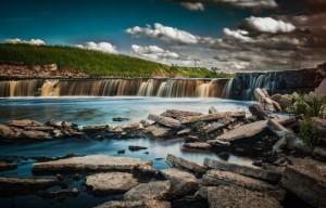 4 необычных водопада Ленинградской области